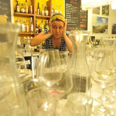 Alice nei bicchieri